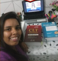 Michelly Costa - Aprovada no XV Exame OAB - Direito do Trabalho